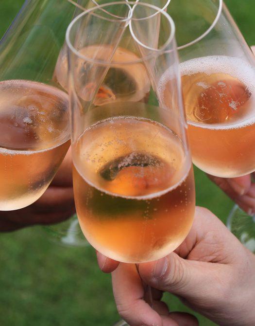semiare prickelndes aus ganz 525x670 - Prickelndes aus ganz Europa - von Cava bis Champagner
