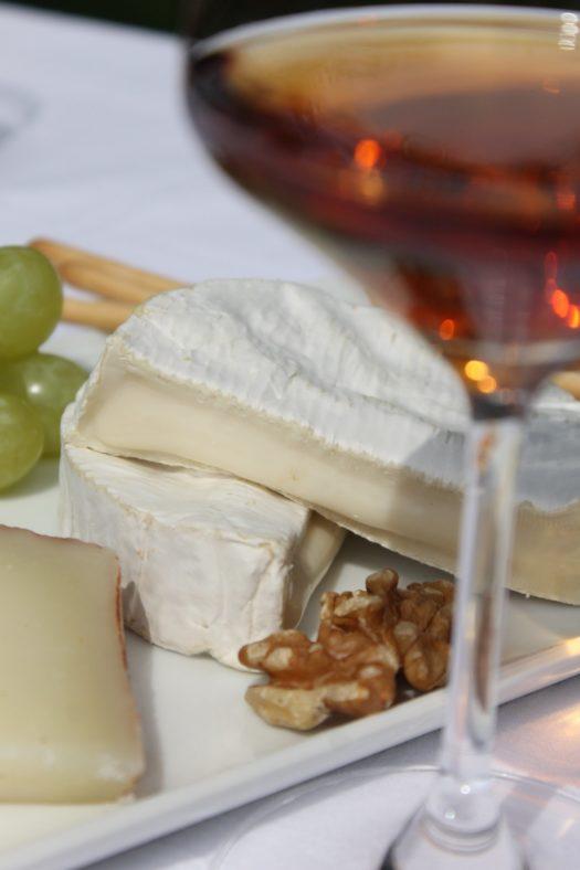 Klein 525x788 - Wein & Käse Deluxe - Schätze für echte Genießer